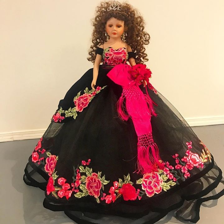b277111791c Custom Quinceañera Dolls at Butterfly Boutique